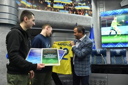 Звільненим зполону вболівальникам «Зорі» запропонували роботу вФедерації футболу