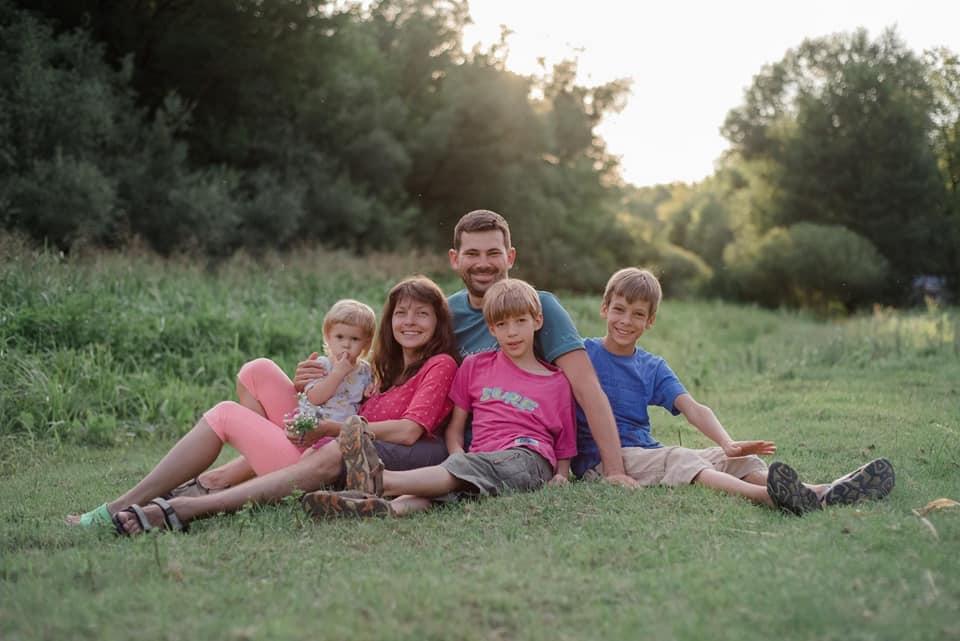 Появилось фото семьи, которую убил пьяный водитель под Киевом