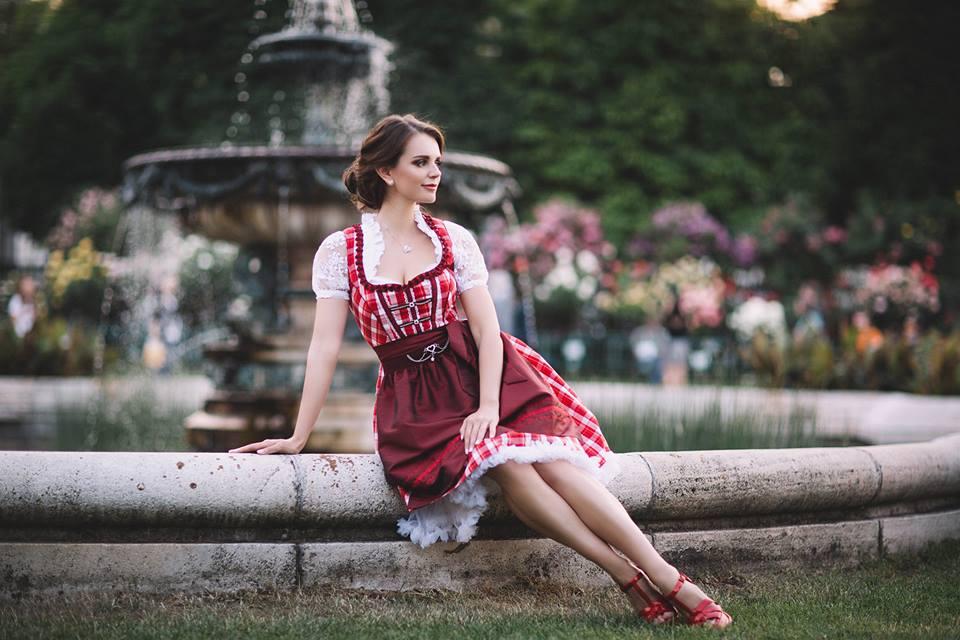 austria-women-images