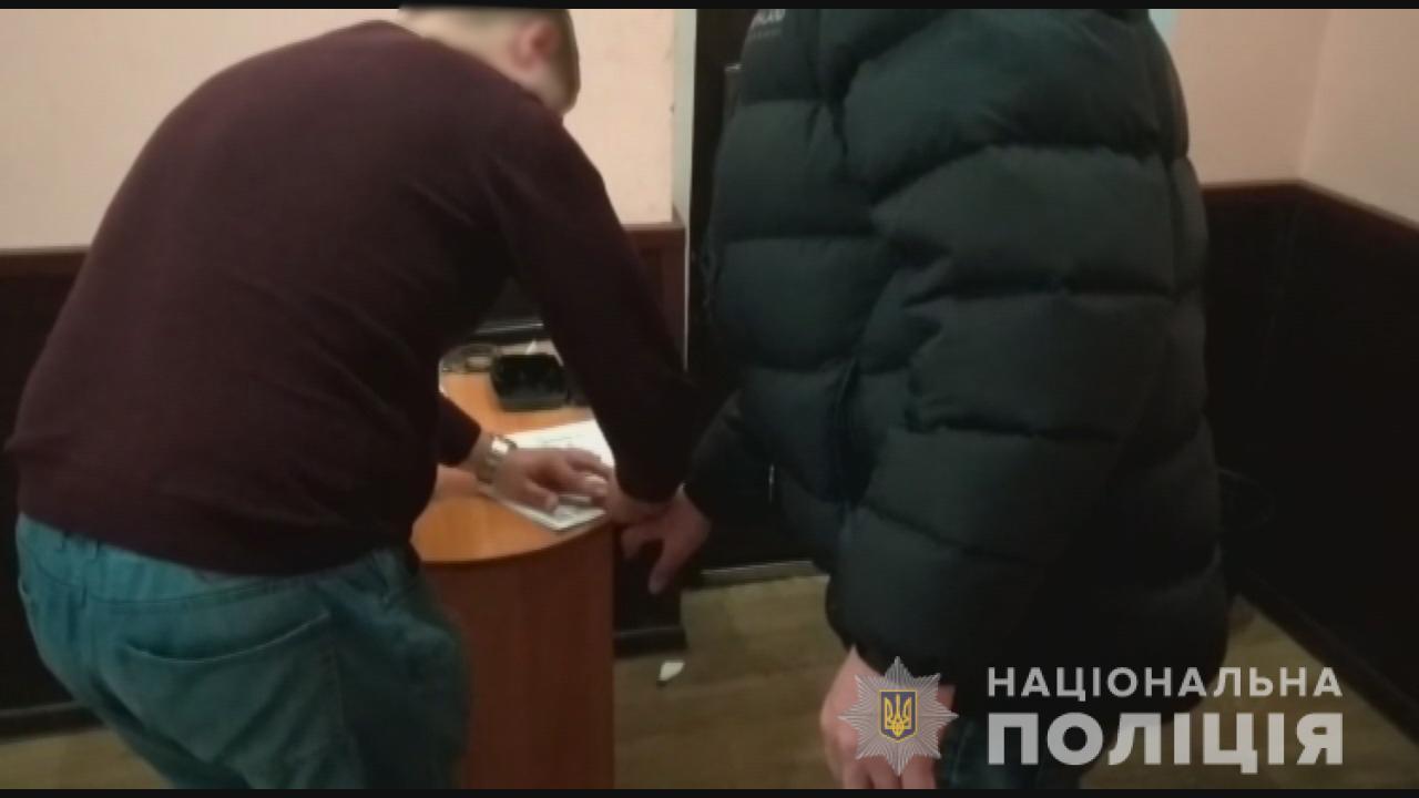 В Одесі педофіл роками ґвалтував школярок, яких шантажував інтимними фото