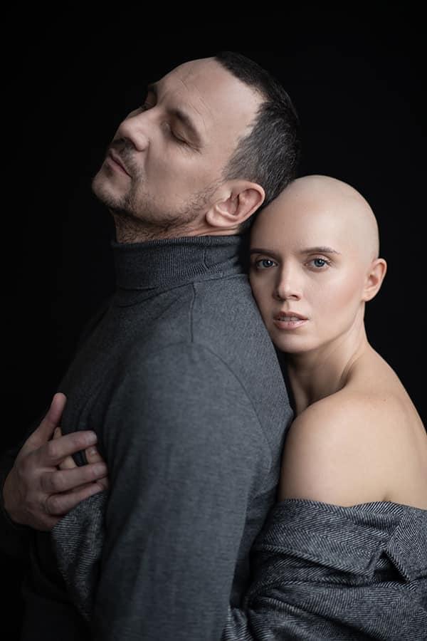Яніна Соколова та Валерій Харчишин зіграли закоханих у зворушливому кліпі