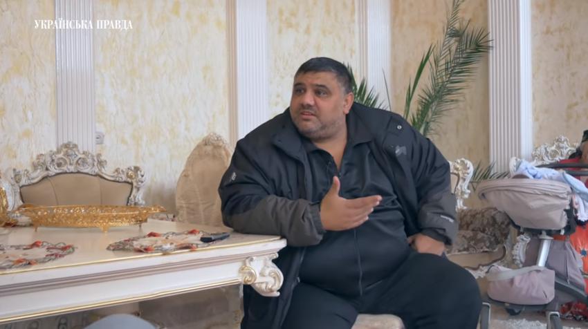 Заробляють і будують палаци: як живуть роми на Закарпатті