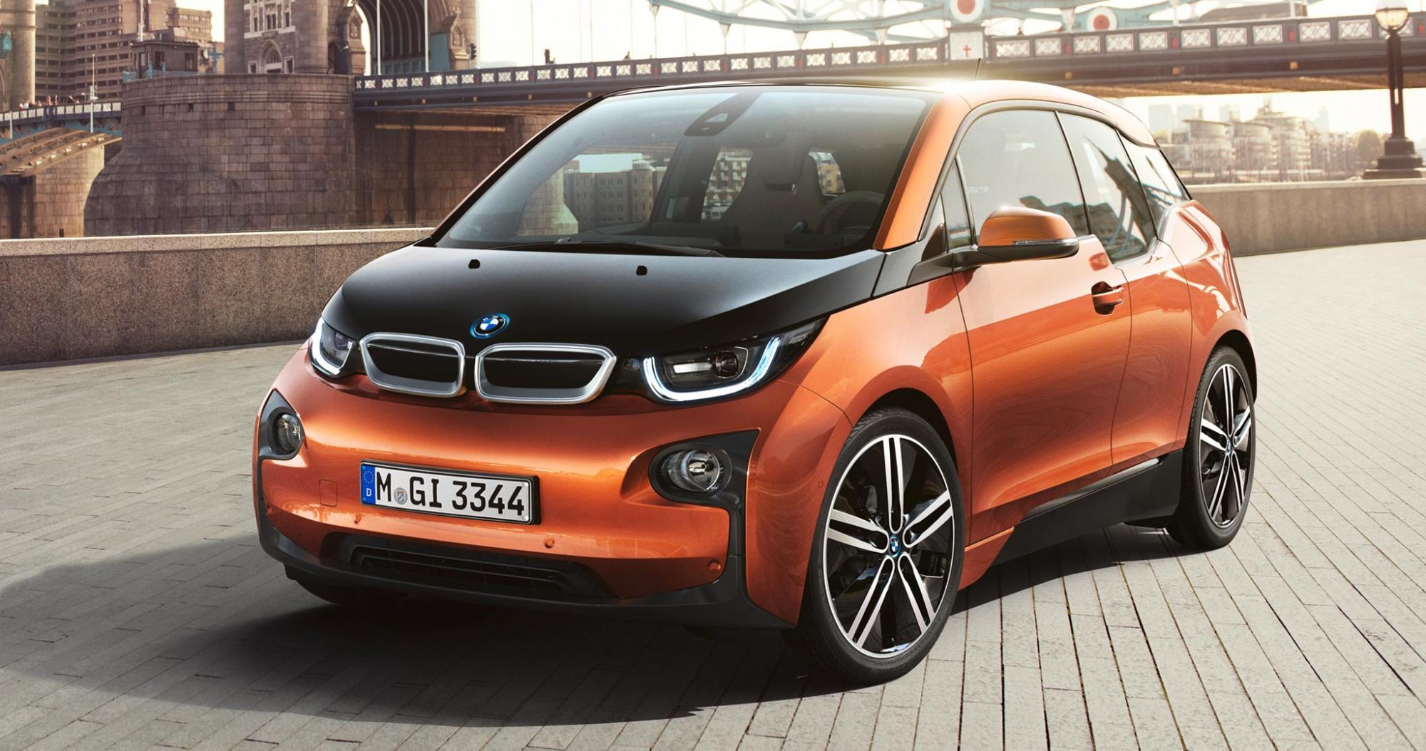 автомобіль BMW