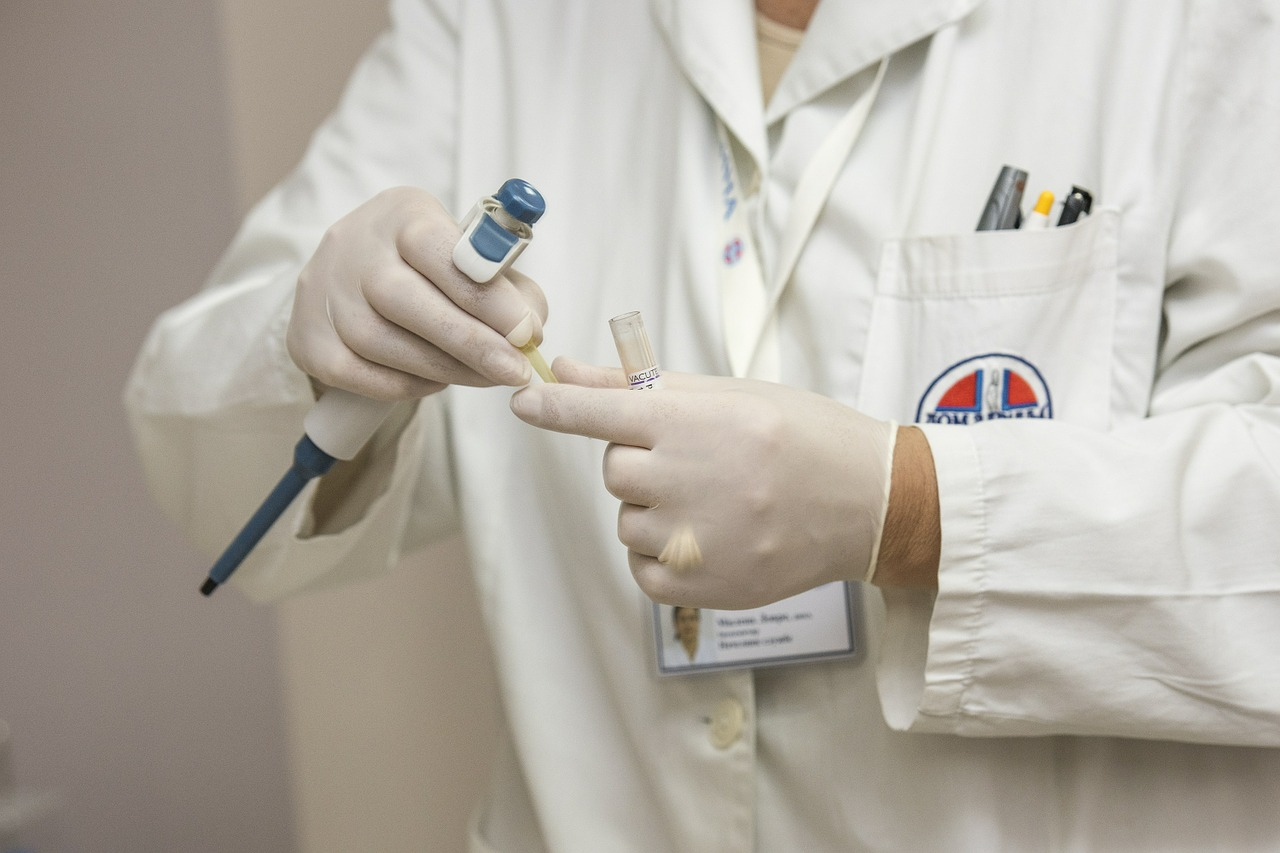 В Украине обнаружили опасную инфекцию: что о ней известно