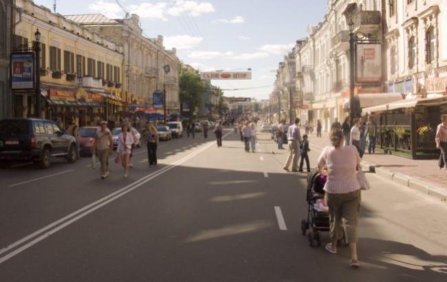 Улица Сагайдачного будет урезана для движения транспорта— Подол пешеходный
