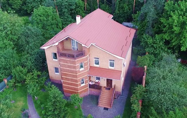 Активисты «Автомайдана» показали роскошные дома киевских судей