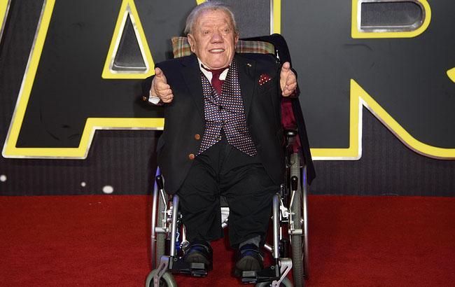 Умер исполнитель роли робота R2-D2 в «Звездных войнах»