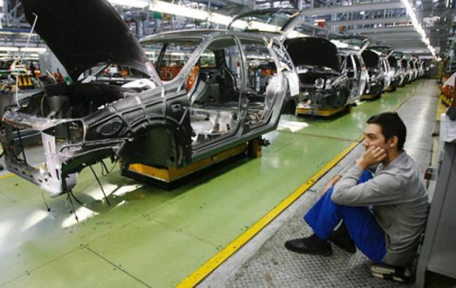 Спад производства в легковом автопроме составил в апреле 22 процента